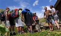 """MONTAGNE : Les jeunes se retrouvent dans les Alpes avec """"Jeunes au sommet"""""""