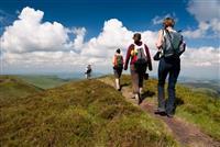 AUVERGNE : Quinze randonnées à faire en famille